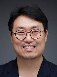 Kim Young-woo – Programmer